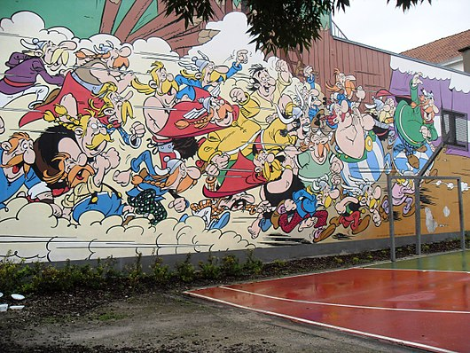 Datei:Comic wall Asterix & Obelix, Goscinny and Uderzo. Bruxelles.jpg