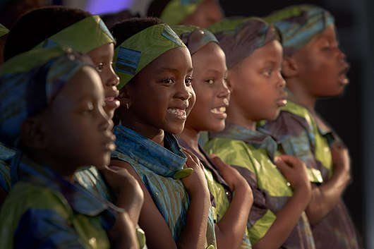 Datei:African Childrens Choir Picture.jpg
