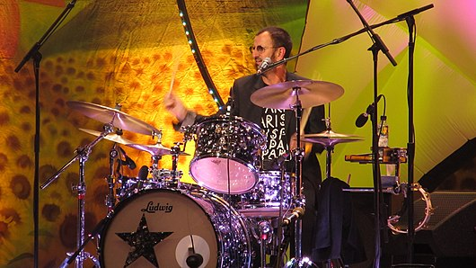 Datei:20110626 043 All-Starr-Band-in-Paris Ringo-Starr drums WP.jpg