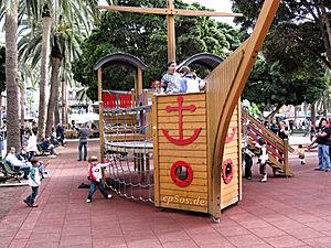 Klettergerüst Schiff : Spielplatz u2013 klexikon das freie kinderlexikon