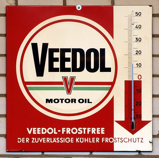 Datei:Veedol, Enamel advert sign at the den hartog ford museum pic-038.JPG